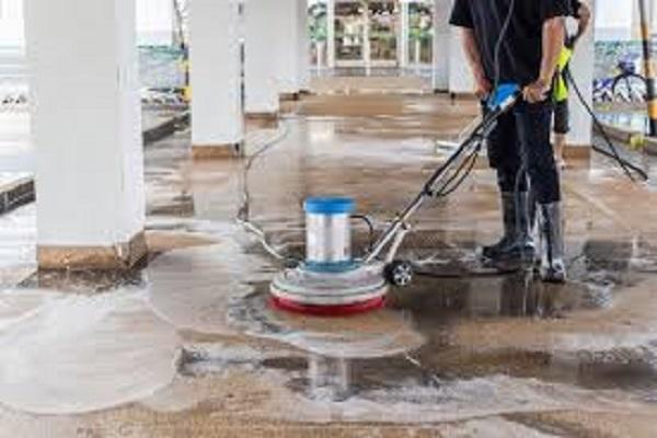 تنظيف الأرضيات